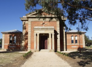 Dunolly-Court-House